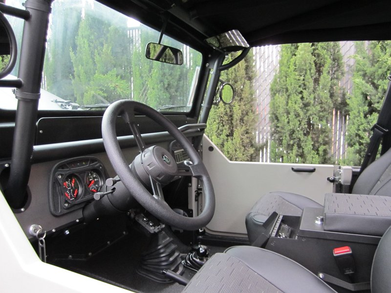 FJ40 Door View